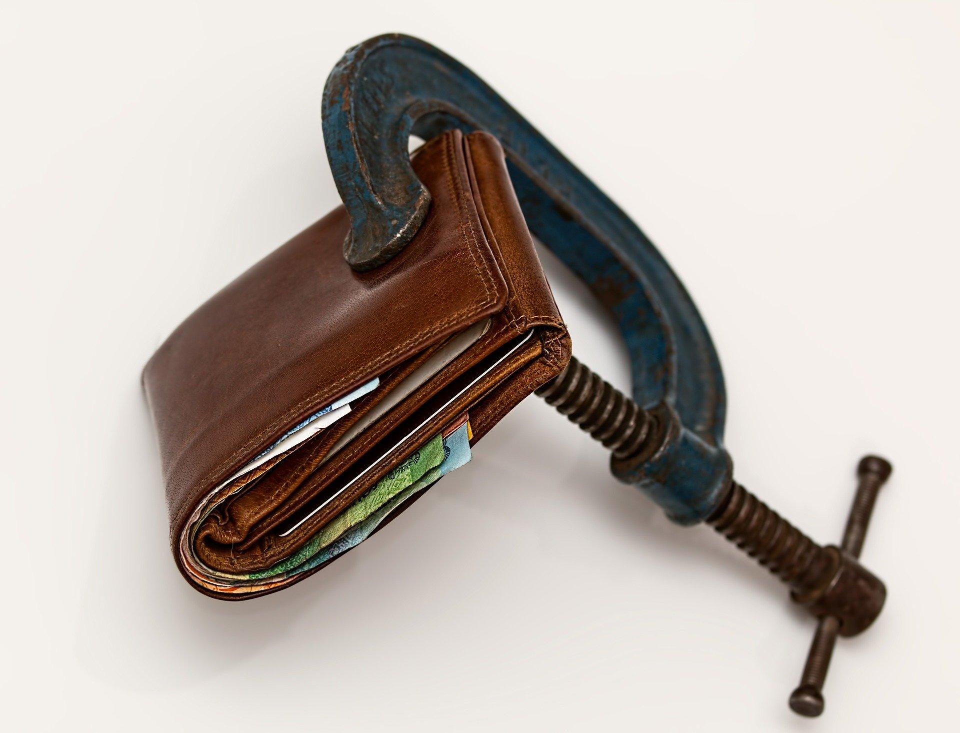 Lo que debes saber antes de reunificar deudas con Cajamar