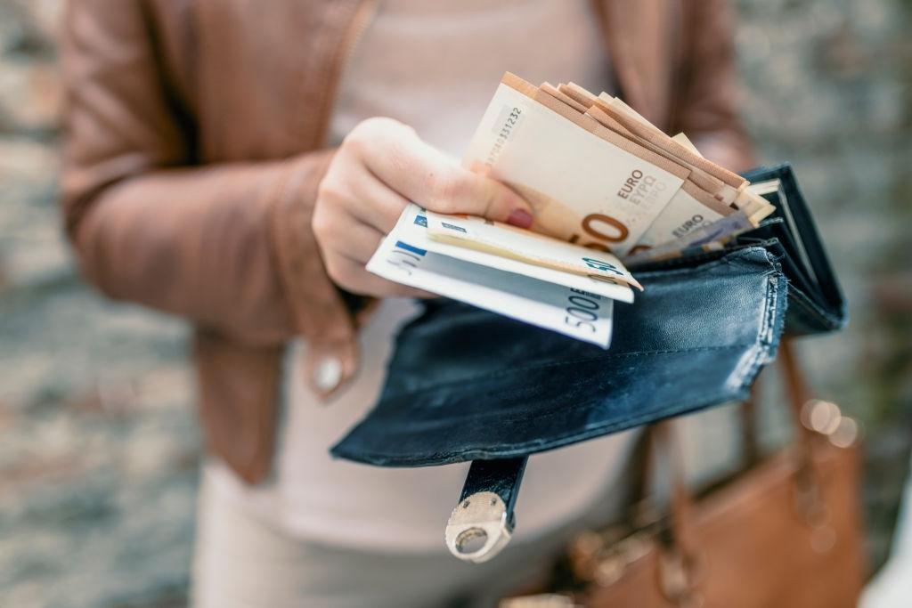 No pagar microcrédito Necesito - Dinero conlleva intereses y penalidades.