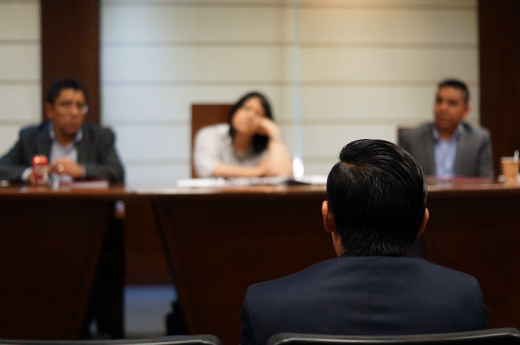 Corte en audiencia